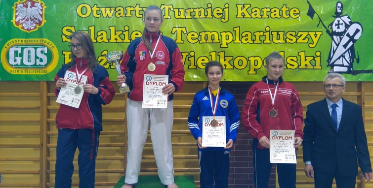 Młodzi karatecy Sokoła w natarciu