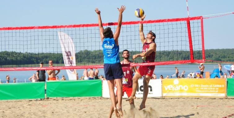 Pierwszy turniej na plaży