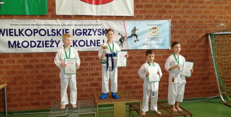 Młodzi karatecy Sokoła Kleczew na Igrzyskach Młodzieży
